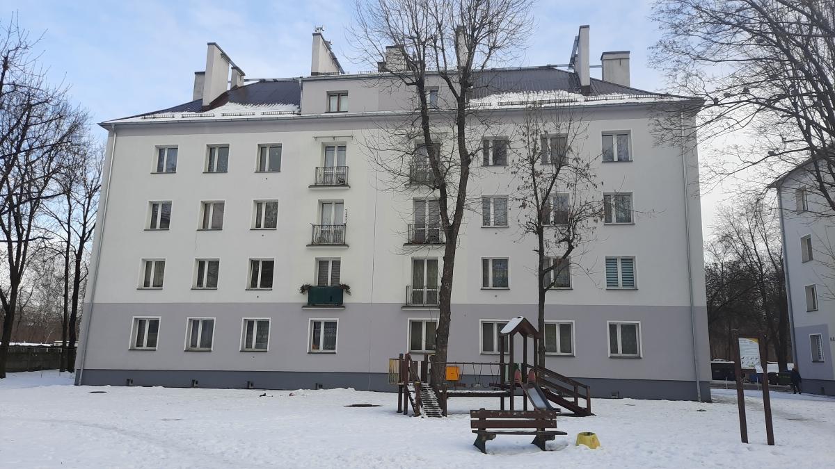 Zdjęcie budynku przy ulicy Naftowej 25